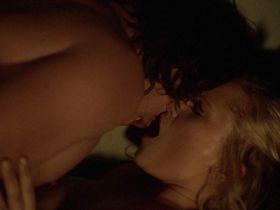 Элайза Тейлор секси - Сотня s01e04-05 (2014) #2