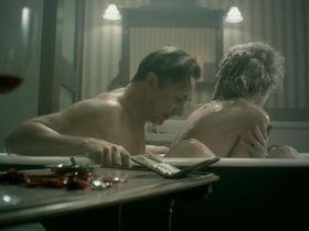 Розамунд Пайк секси - Влюбленные женщины (2011) #3