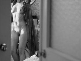 Юлия Пересильд голая - Уик-энд (2014)