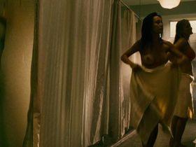 Джейми Чон секси, others голая - Крик в общаге (2009) #3