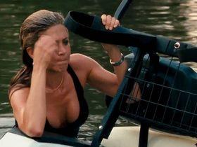 Дженнифер Энистон секси - Охотник за головами (2010)
