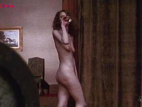 Кристина Ван Эйк голая - Die Frau mit dem roten Hut (1984) #2