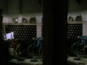 Милена Вукотич голая - Большое варево (1977)