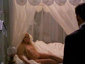 Пэтси Кензит голая - Ангелы и насекомые (1996)