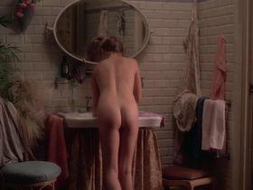 Патти Д'Арбанвиль голая, Мона Кристенсен голая - Билитис (1977)