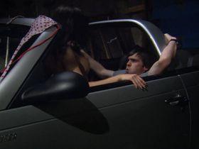 Сьюзи Лоррейн секси, Керри Тейлор секси, Caroline Faille голая - Девочки бикини на льду (2009) #2