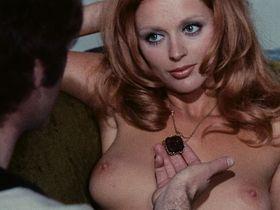 Сибил Даннинг голая, Барбара Буше голая - Красная королева убивает семь раз (1972)