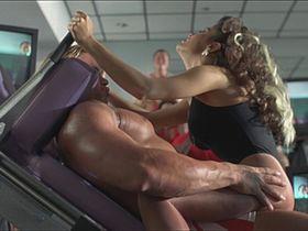 Сальма Хайек секси — На грани разрыва (1997)