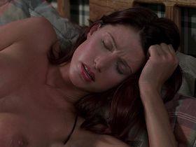 Шеннон Элизабет голая — Американский пирог (1999) #3