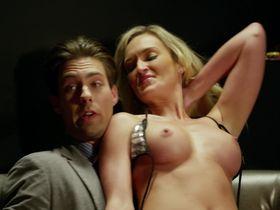 Шон Ружерон голая - Вечеринка в Вегасе (2014)