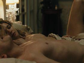 Наталья Водянова голая — Влюбленные (2012) #2
