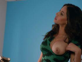 Ниши Мунши голая - Блудливая Калифорния s07e03 (2014)