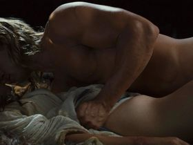 Роуз Бирн секси — Троя (2004)