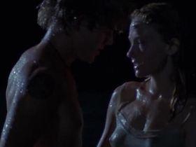 Хейли Беннетт секси - Затерянная Аркадия (2010)