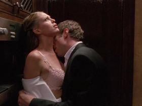 Сара Фостер секси - Мальчишник 2: Последнее искушение (2008)