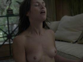 Ханна Уэр голая - Босс s02e08 (2012) #2