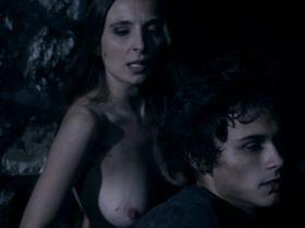 Катерина Перацци голая - Мертвые тени (2012)