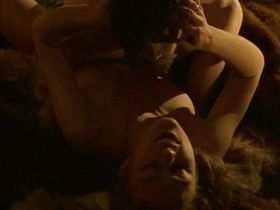 Кира Найтли голая - Доктор Живаго (2002)