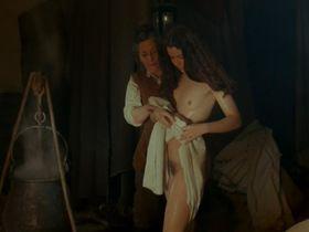 Ку Старк голая - Жестокая страсть (1977)