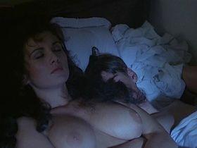 Серена Гранди голая, Александра Вандернот голая, Марион Петерсон голая - Похождения молодого Дон Жуана (1987)