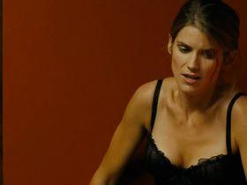 Элис Тальони секси - Добыча (2011)