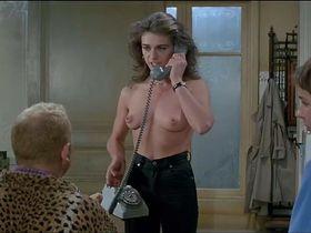 Марушка Детмерс голая - Месть пернатого змея (1984)