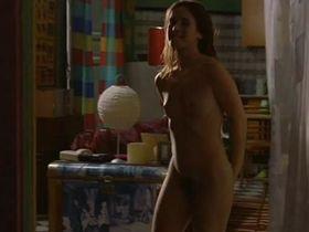 Марта Этура голая - Ничья жизнь (2002)