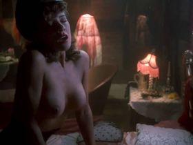 Лэндон Холл голая, Мишель Бауэр голая, Жасмин Тушек голая - Повелитель кукол 3: Месть Тулона (1991)