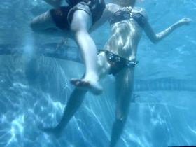 Хейли Беннетт секси - Врата в 3D (2009) #3