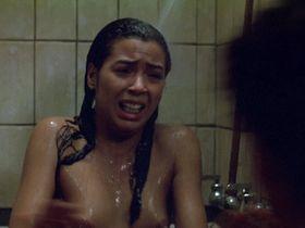 Ирена Кара голая - Исключительная ярость (1985)