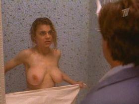 Зои Триллинг голая — Нервотрепка (1992)
