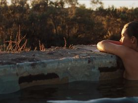 Миа Васиковска голая — Тропы (2013) #3