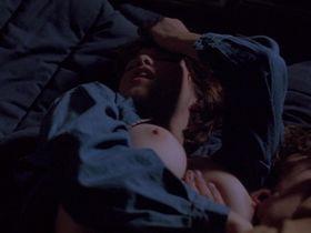 Кристи Харрис голая — Ночь пугала (1995) #3