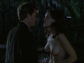 Кэти Холмс голая — Подарок (2000)