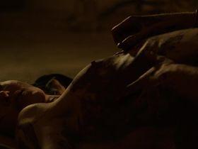 Соня Кински голая — Тёмные сердца (2012)