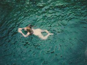 Софи Лоу голая — Осенняя кровь (2013) #3