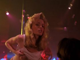 Мими Крэйвен голая - Последний танец (1996)