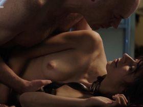 Maelle Giovanetti голая - Frechen Overdose (2014)