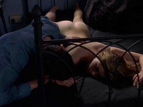 Холли Дэвидсон голая - Парни из Эссекса (2000)