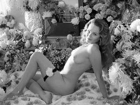 Валери Перрайн голая, Кэтрин Уитт голая, Cindy Embers голая - Ленни (1974)
