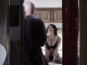 Пасэй Пау секси - Нация Z s01e03 (2014)