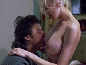Анна Левайн голая — Алкаши (1995)
