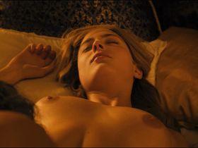 Нора Арнезедер голая — Анжелика (2013)