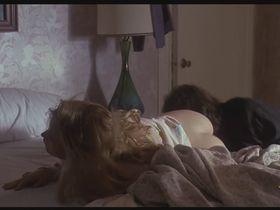 Дженнифер Джейсон Ли голая — Гонка (1991)