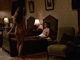 Милла Йовович голая — Чаплин (1992)