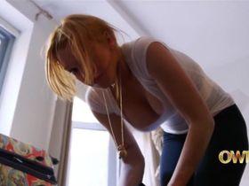 Линдси Лохан секси - Линдси s01e03 (2014)