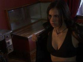 Нина Добрев секси — Охота на вервольфа (2008) #2