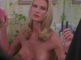 Келли Линч голая — Часы отчаяния (1990)