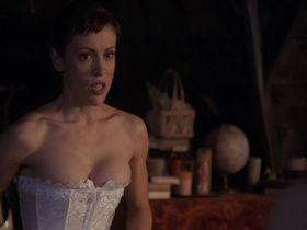 Алисса Милано секси - Зачарованные s04 (2001)