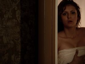 Нина Добрев секси - Дневники вампира s05e14 (2014)